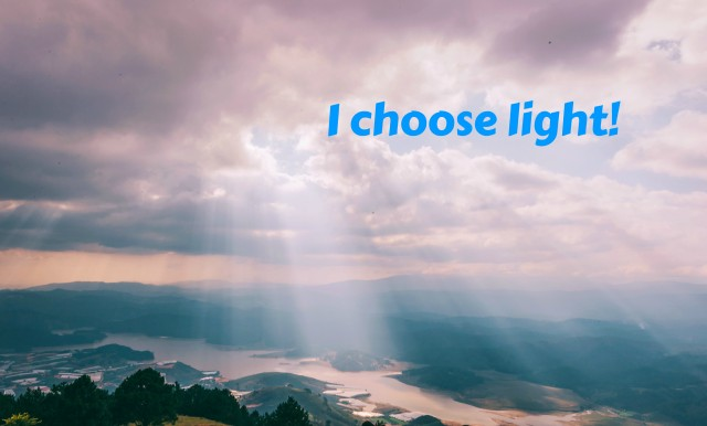 This image has an empty alt attribute; its file name is choose-light.jpg